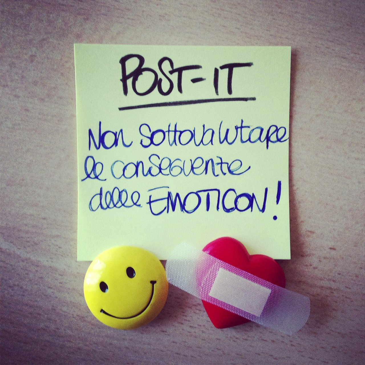 POST-IT: Non sottovalutare le conseguenze delle EMOTICON