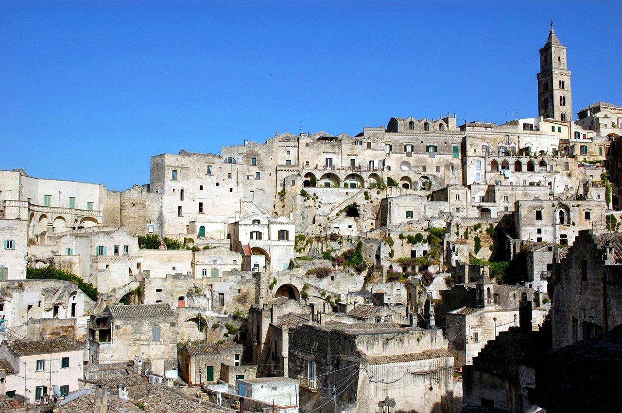 Viaggi: i Sassi di Matera, dove fioriscono cultura, arte e storia