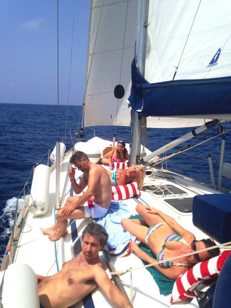 Barca a vela a Ponza e Palmarola navigazione