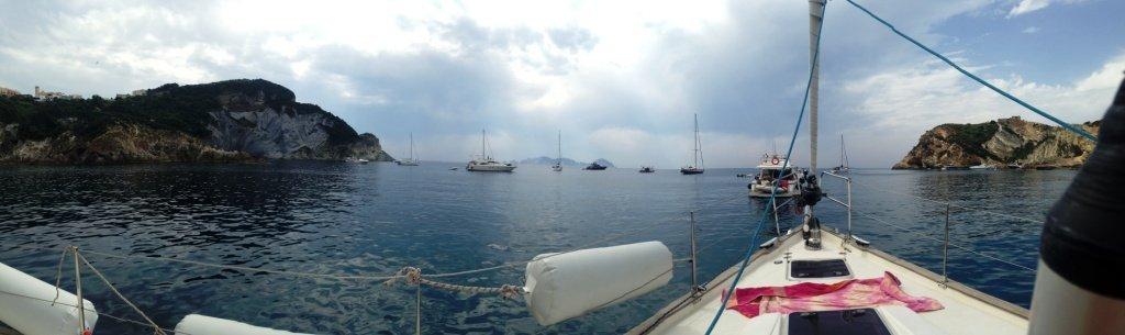 Barca a vela a Ponza e Palmarola
