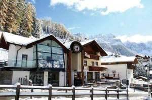 Scuola di sci e snowboard Selva Val Gardena