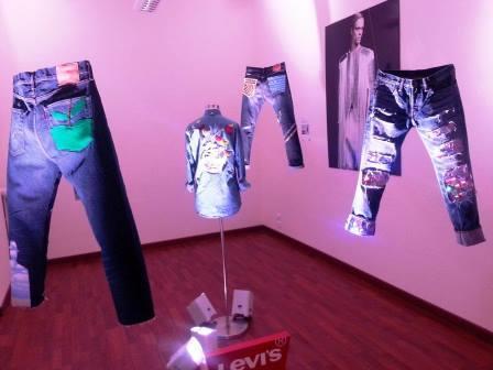 Accademia del Lusso Levi's jeans