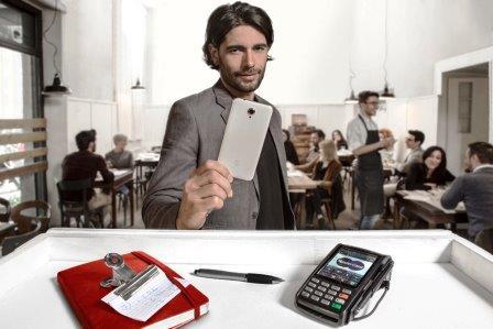 Vodafone Pay: la nuova app che vi permette di pagare con il vostro smartphone!