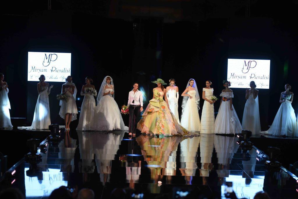 Sfilata di apertura dell'Atelier Pieralisi a RomaSposa Anteprima 2017