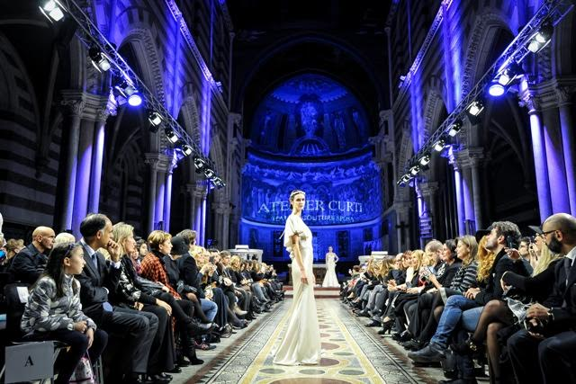 """RomaFashion White"" Sartorialità e creatività in passerella"