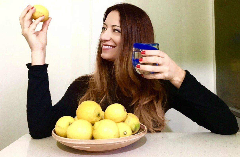 Depuriamoci dopo le feste con acqua e limone!
