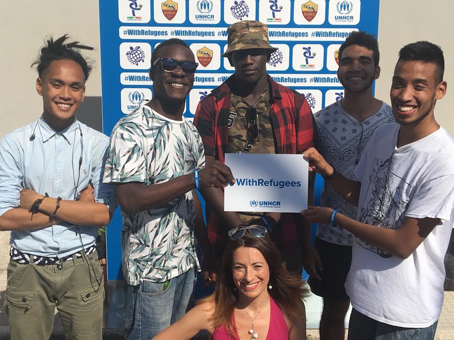 Champions #withrefugees partita liberi nantes piccola orchestra di torpignattara blogandthecity