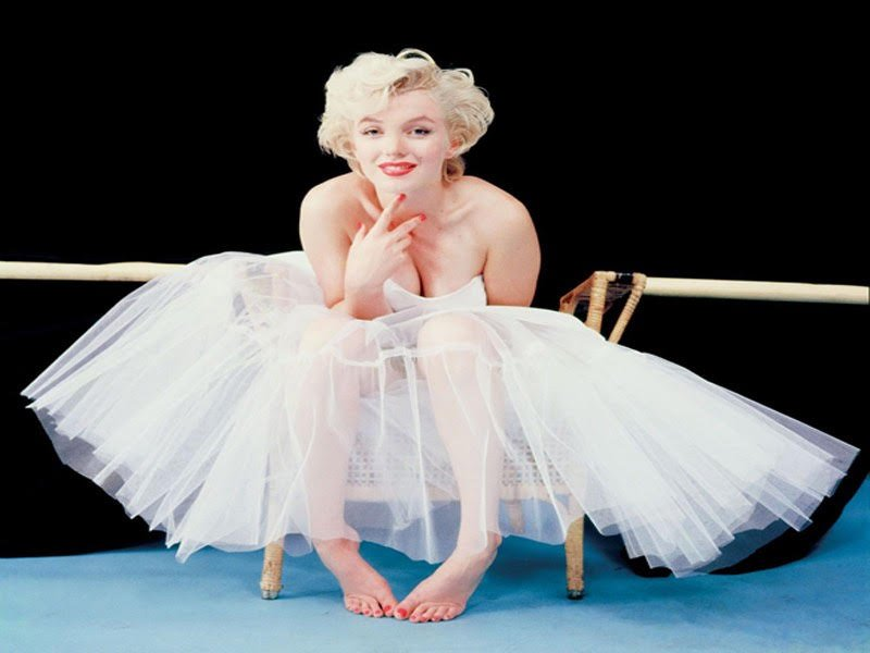 Imperdibile Marilyn palazzo degli esami foto