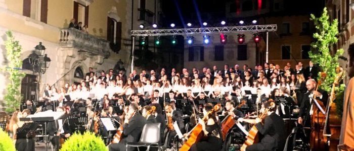 33° festival internazionale di mezza estate, orchestra filarmonica di benevento carmina burana
