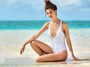 tendenze estate 2017 total white costume intero bianco calzedonia