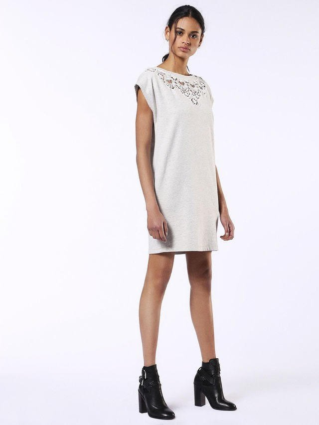 new product 3b0e8 93ba5 Blog and the City - tendenze estate 2017 total white vestito ...