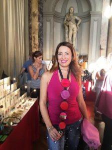 Mercato Violette Sauvage riutilizzo glamour Monele Elenia 2