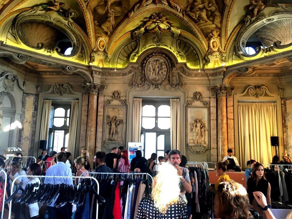 Riutilizzo glamour a Palazzo Colonna con Violette Sauvage
