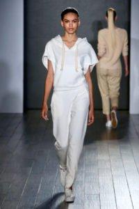 fashion week new york sfilata eva longoria tuta