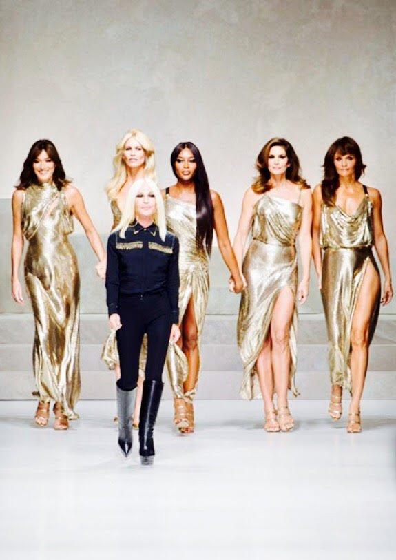 milano fashion week PE 2017 versace naomi, claudia, carla, helena, cindy