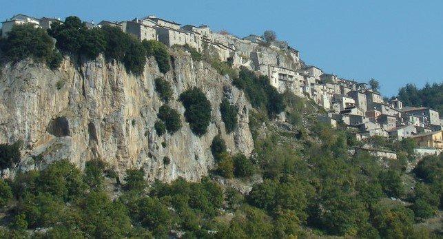 grotte pietrasecca comune carsoli abruzzo