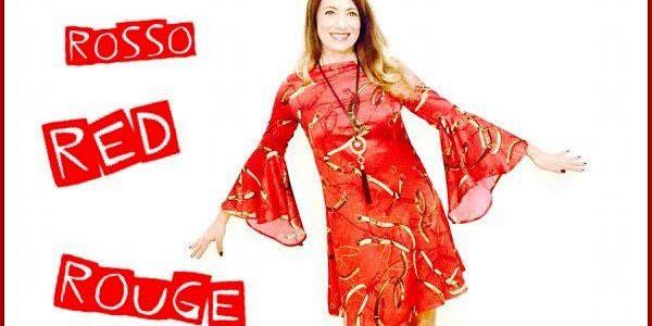 tendenze 2017 2018 rosso elenia scarsella indossa abito rosso Vicolo