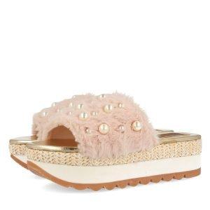 perle tendenza primavera estate sandalo rosa con perle gioseppo
