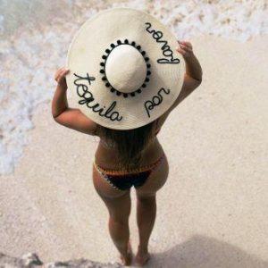 cappelli di paglia tendenza estate eugenia kim tequila