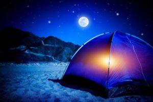 perseidi stelle cadenti notte di san lorenzo tenda spiaggia
