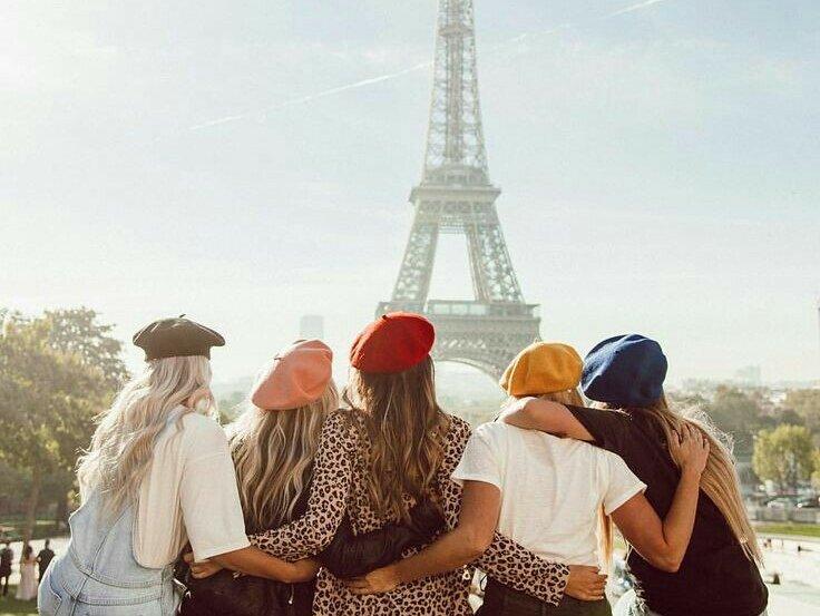 Paris mon amour: il Basco accessorio trend per l'autunno/inverno