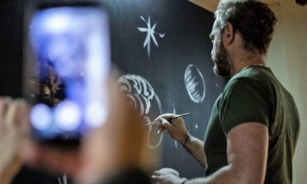 Mauro Sgarbi presenta il suo Live Painting ad Architects Party 2018