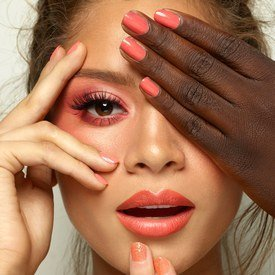 pantone living coral color of the year 2019 make up