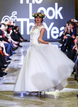 atelier miryam pieralisi abito sposa the look of the year altaroma fiori