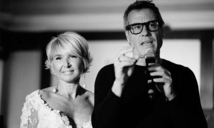 TRENDY Hand Free i nuovi occhiali hi-tech presentati a Roma da Jimmy Ghione