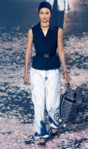 tendenze 2019 jeans dior pantaloni tie and dye 1