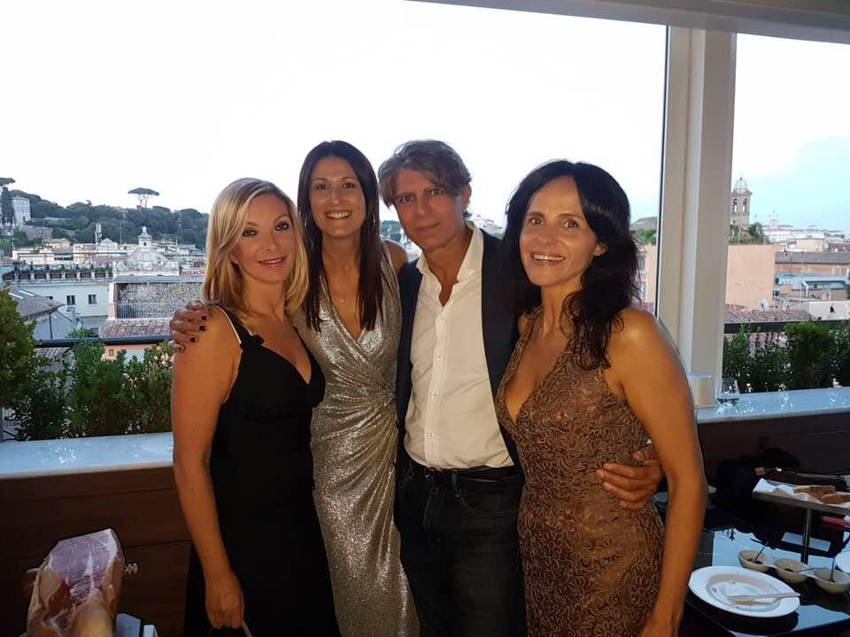 Da sinistra la giornalista Antonietta Di Vizia, la manager Monica Mattei, Marco Bardeggia ed Elena Siboni