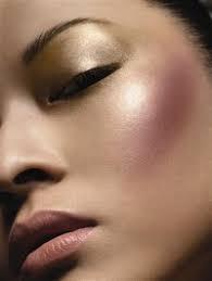 make up estate 2019 illuminante strobing