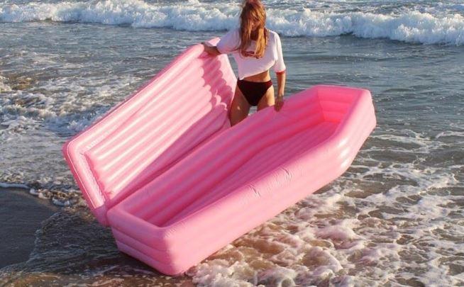 materassino gonfiabile bara rosa