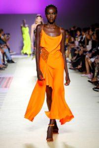 tendenze moda fluo versace 1