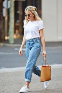 Boyfriend jeans e t shirt look back to school
