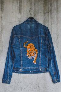 Giacca di jeans personalizzata tigre