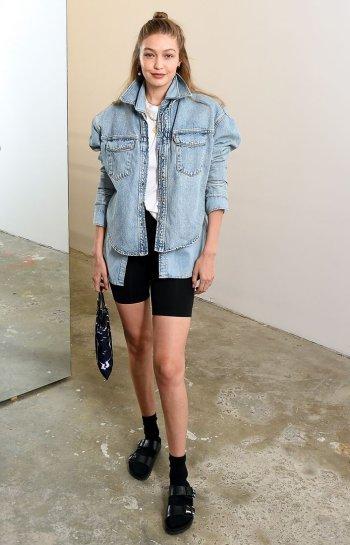 giacca-di-jeans-sovrapposta-moda-autunno-2019