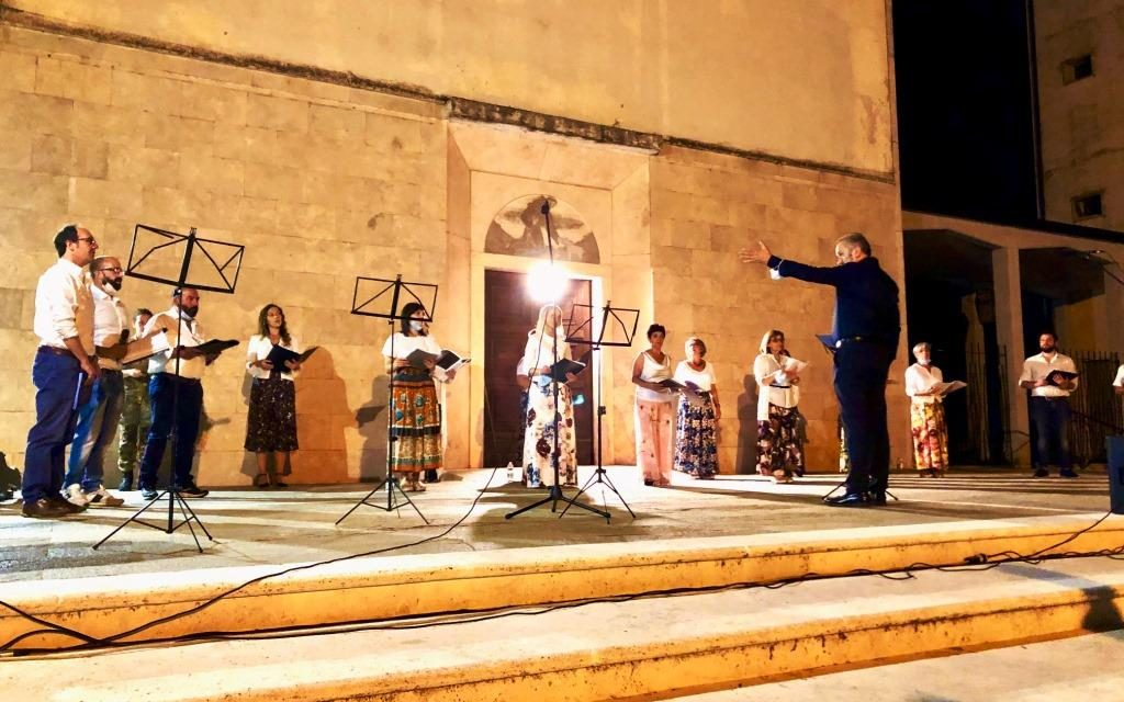 Storie, tradizioni e musica a Villa San Sebastiano